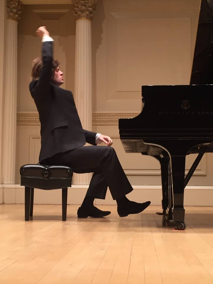 Arsentiy Kharitonov's Piano Magic Enraptures a Packed Carnegie Hall