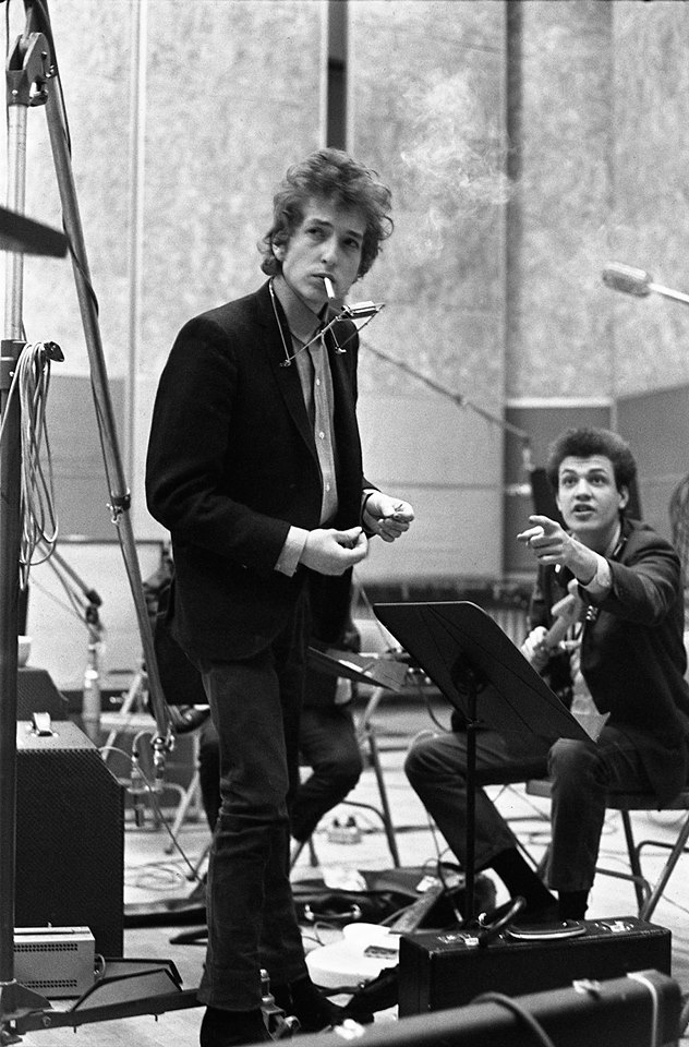 Bob Dylan Proves He's Still the King of Cover Songs on 'Fallen Angels'