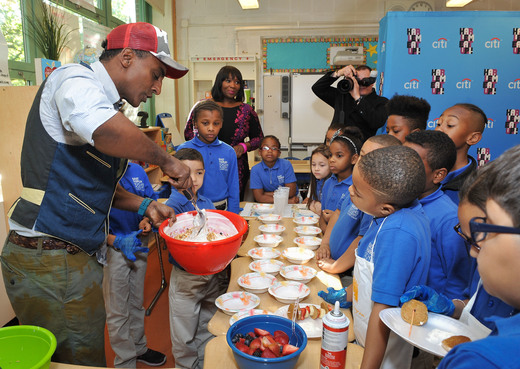 Marcus Samuelsson Teaches Harlem Kids the Importance of Healthy Eating