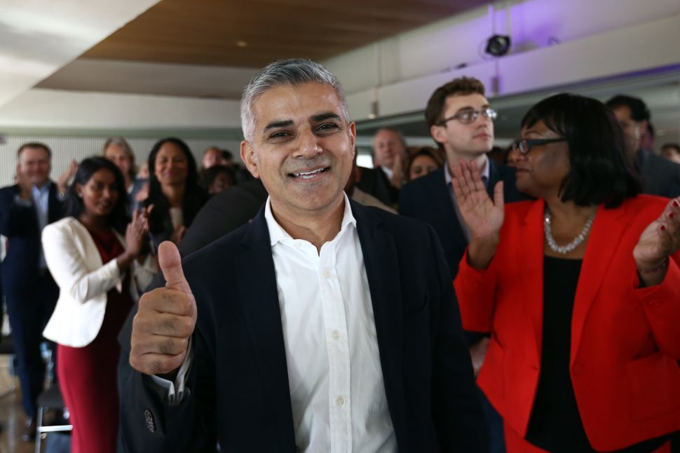 London's New Mayor Loves the Arts, British Museum Closes for BP Protest