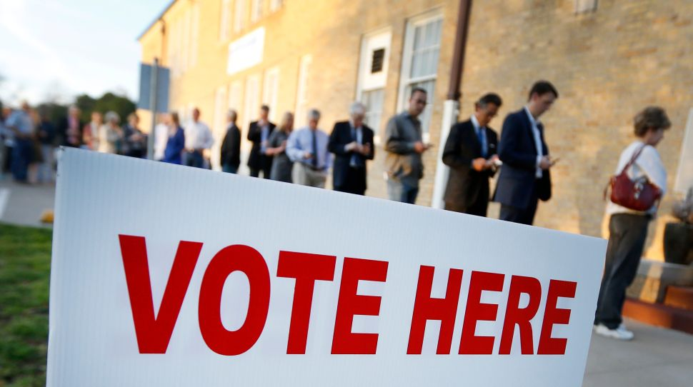 NJ Politics Digest: Voters Don't Care About Governor's Race