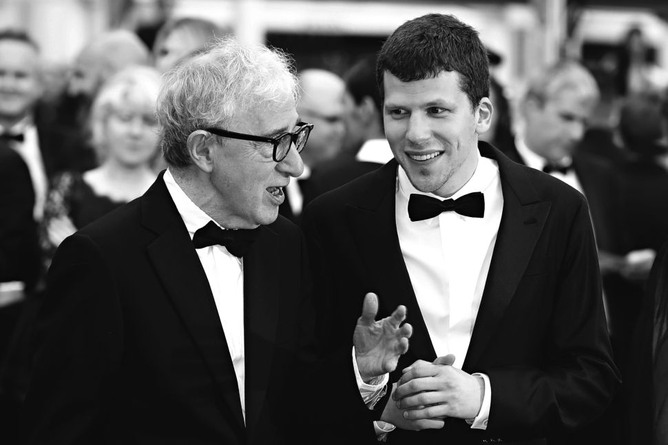Cannes Film Festival 2016: Donald Sutherland Is Freezing, as Woody Allen Gets Burned