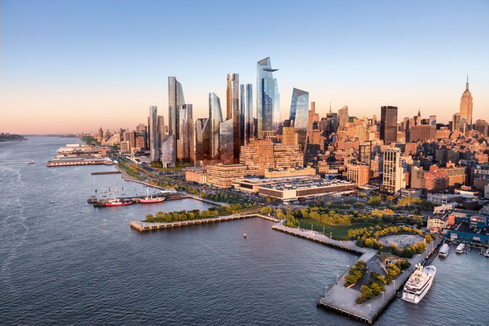 First Hudson Yards Tower Opens, But City Still Footing Big Bill for Mega-Development