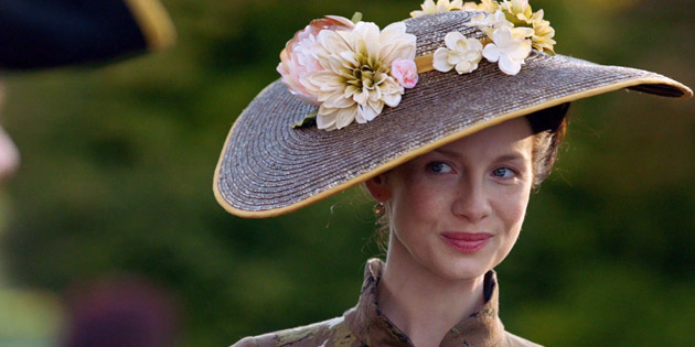 Fashion Rewind: 'Outlander,' '11.22.63,' and the Style of Time Travel