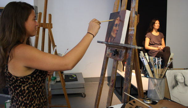 A figure painting class at the NYAA.