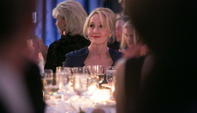 J.K. Rowling, Photo © Beowulf Sheehan/PEN America. Creative Commons NOT permitted. Contact media@pen.org for permissions & usage not associated with 2016 Literary Gala editorial.