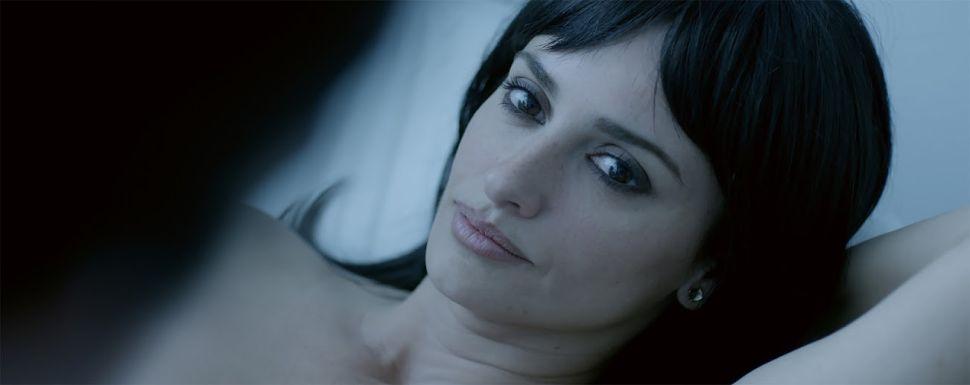 Penélope Cruz Lifts Up a Dreary New Spanish Film Called 'Ma Ma'
