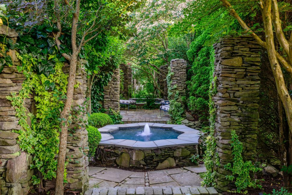 Secret Gardens: A Sprawling Hamptons Estate on Gin Lane