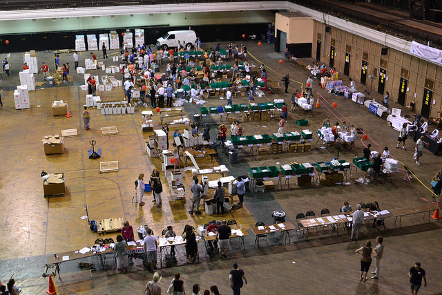 Religious Groups Unite in New York to Assemble 7,500 Hygiene Kits for Syrian Refugees