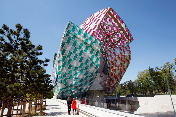 Meet the Gorgeous Museums of the Future, More Staffers Flee Paddle8