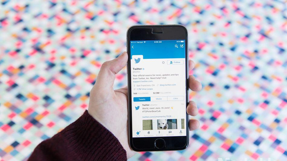 Twitter Now Lets You Retweet Yo Self
