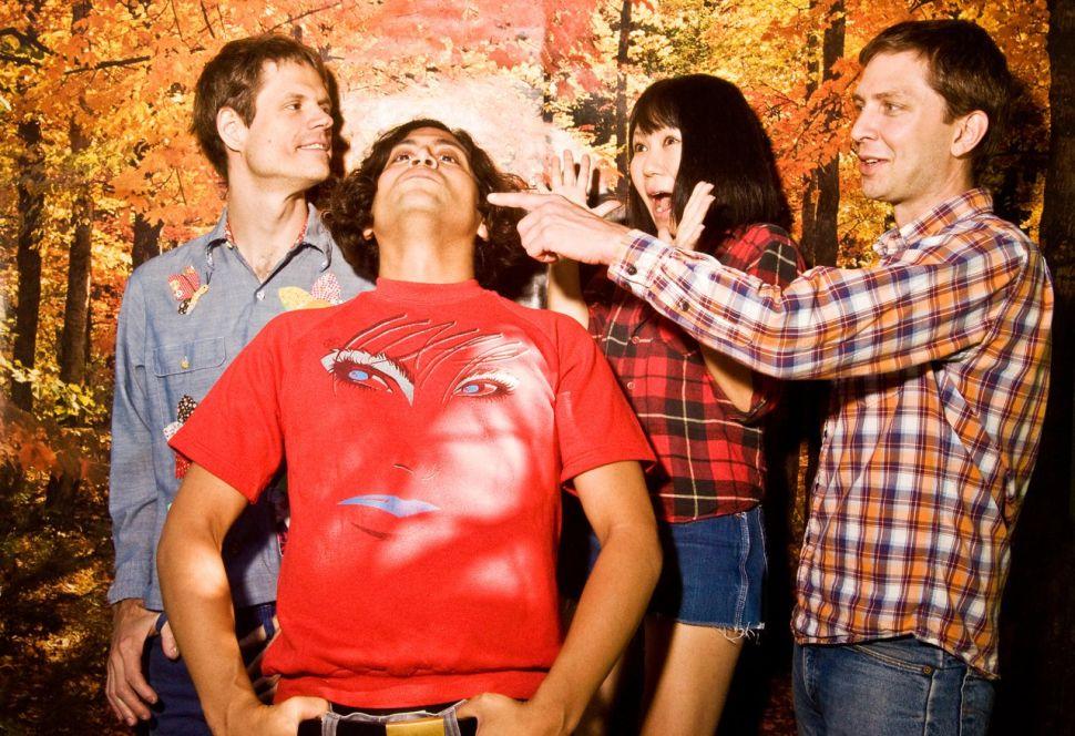 Deerhoof Conjure 'Magic' on Their Most Dynamic Album in Years