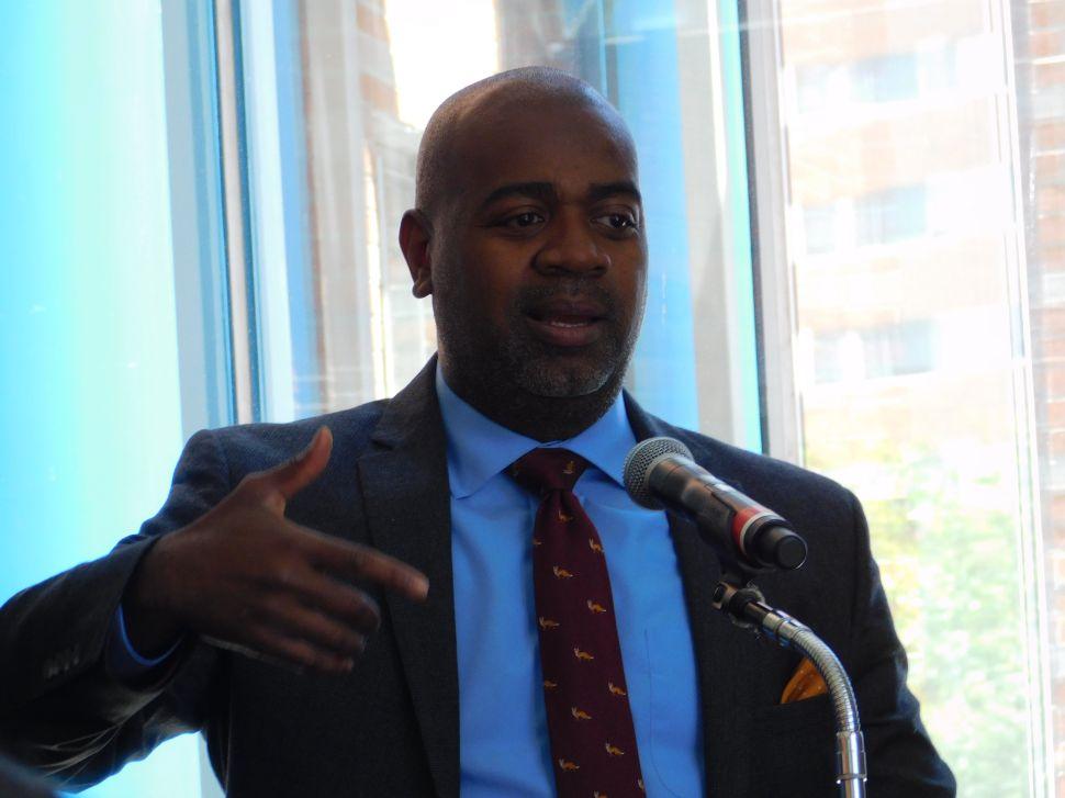 Baraka Encourages African Americans to Shape Politics