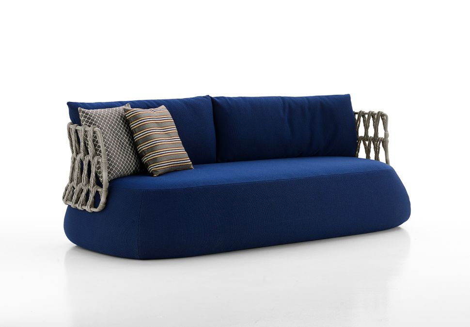 This Outdoor Sofa Was Made for the Aesthete