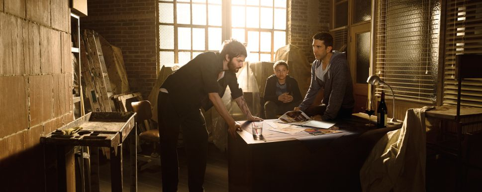 'Feed the Beast' Showrunner on Putting 'A Bullet in Ross Geller's Head'