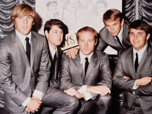 2nd November 1964: American pop group The Beach Boys in 1964. From left to right, Dennis Wilson (1944 - 1983), Brian Wilson, Mike Love, Al Jardine and Carl Wilson (1946 - 1998)