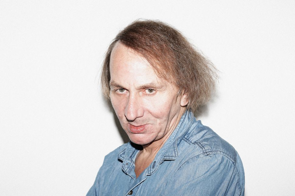 Houellebecq Makes Space for Fellow Smokers, Nazi Memorabilia Sale Sparks Controversy