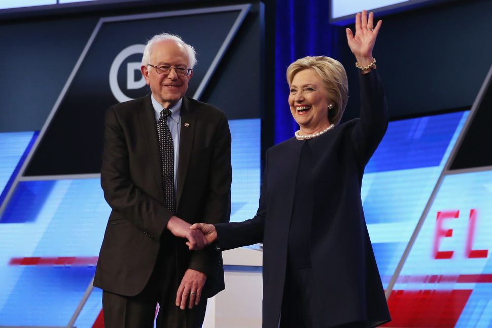 Bernie Sanders Gets Booed When He Asks Delegates to Elect Hillary Clinton