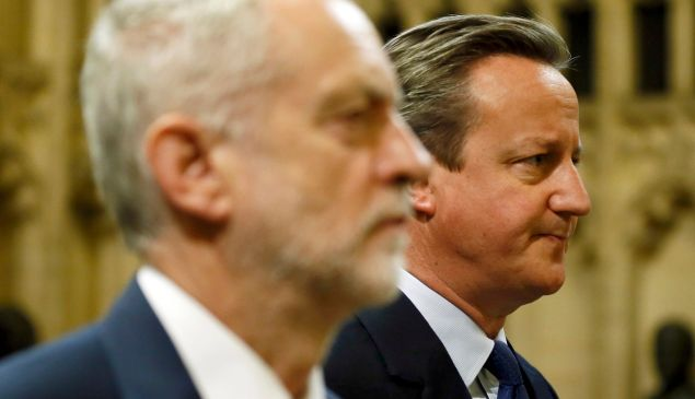 Prime Minister David Cameron (R) and Labour Party leader Jeremy Corbyn