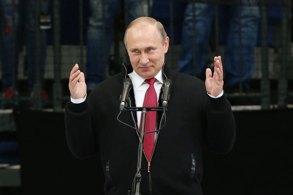 Vladimir Putin Has Everything He Needs to Blackmail Hillary Clinton