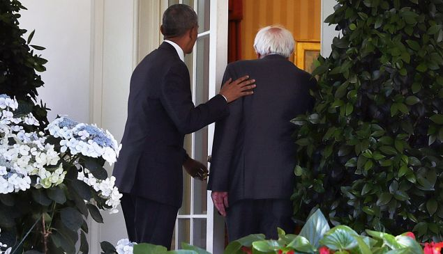 WASHINGTON, DC - JUNE 09: (EDITORS NOTE: Retransmission with alternate crop.) Democratic presidential candidate Sen. Bernie Sanders (D-VT) (R) enters the Oval Office with President Barack Obama (L) as he arrives at the White House for a meeting June 9, 2016 in Washington, DC. Sanders met with President Obama after Hillary Clinton has clinched the Democratic nomination for president.