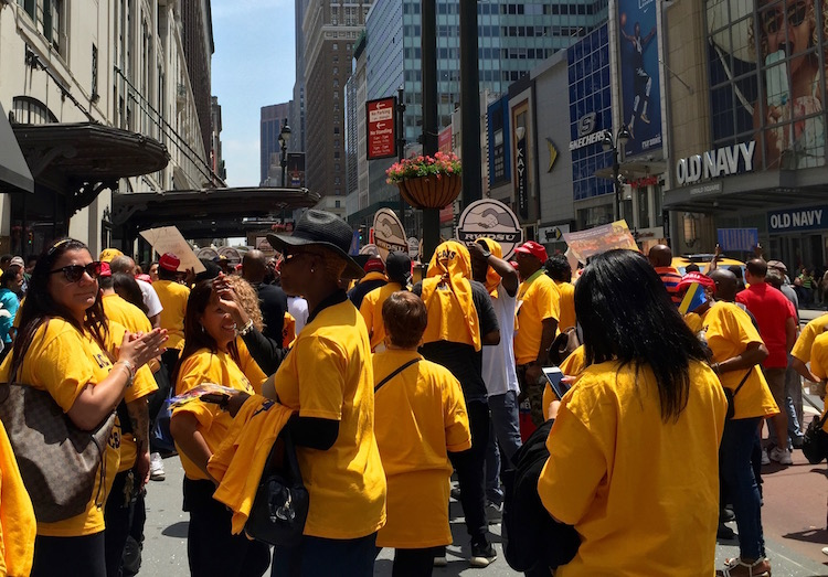At Macy's Rally, Union Members Demand a Fair Contract