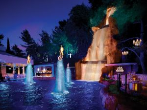 The lagoon at Intrigue, the new club at Wynn Las Vegas