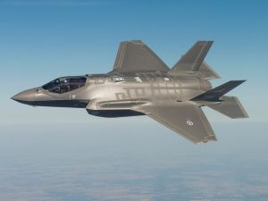 The United States should apply the same protections to its F-35 jet fleet as the Israelis are, according to cybersecurity expert Richard Blech.