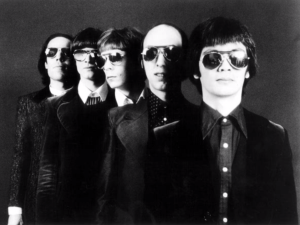 The Flamin Groovies.