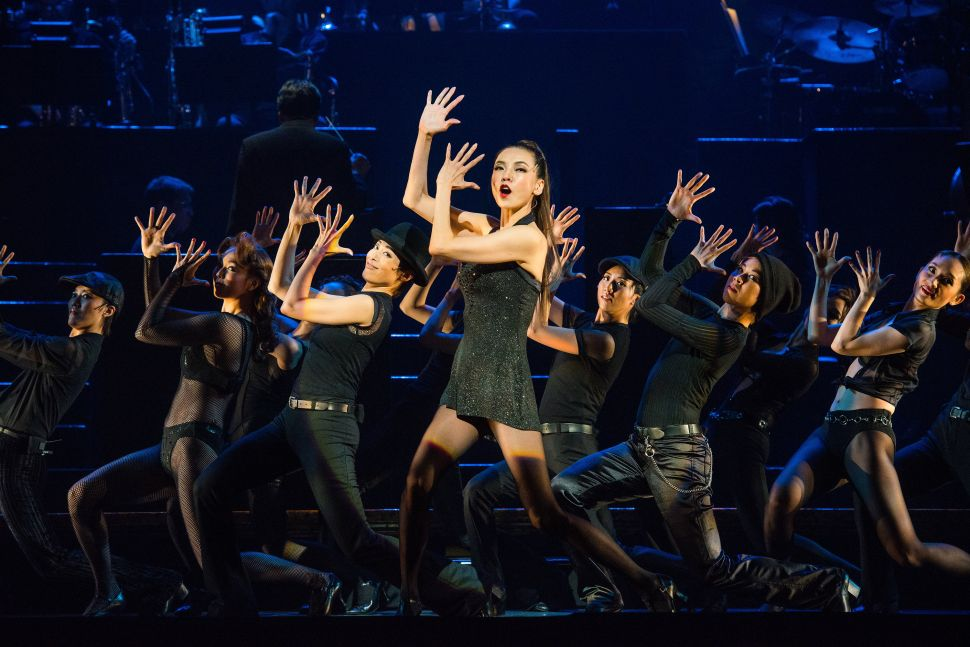 Takarazuka's 'Chicago' Razzle Dazzles at Lincoln Center