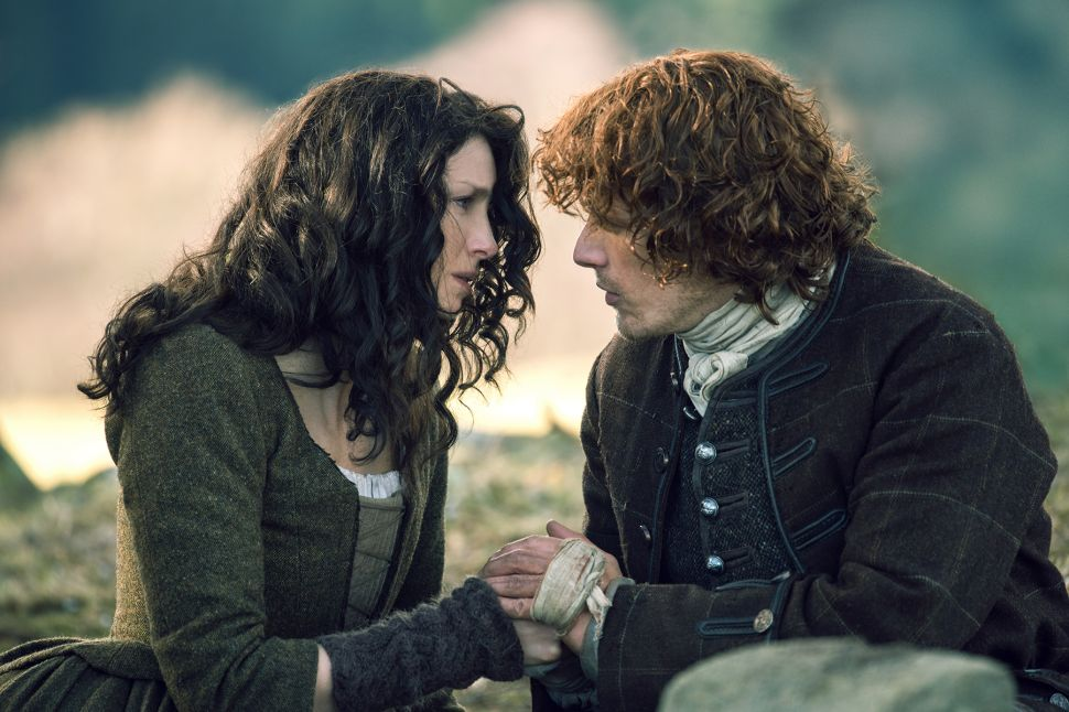 'Outlander' Writers Reveal Secrets of the Bedroom and the Battlefield