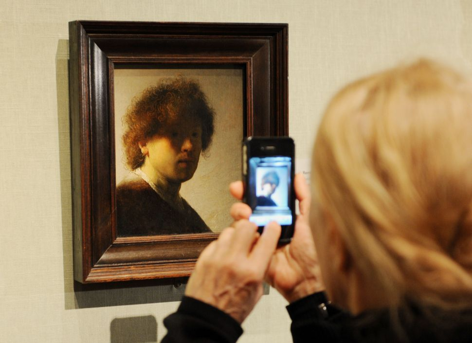 There's a Tinder for Art (And the Art Won't Ghost You)