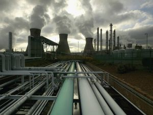 BP's Huge oil refinery complex continues it's 24 hour production of petroleum and gas, November 1, 2004 at Grangemouth in central Scotland.