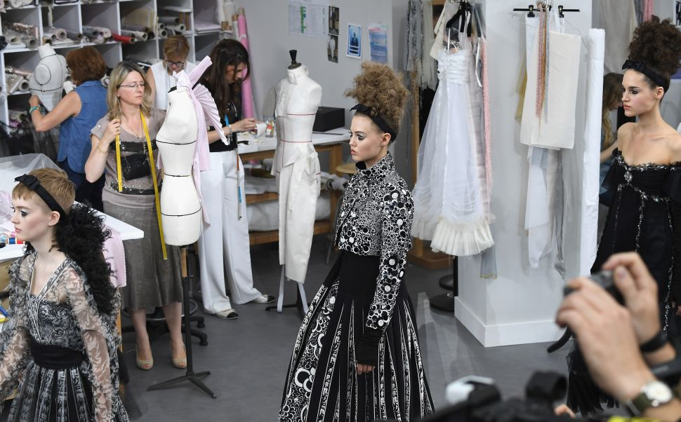 Chanel's Couture Show Turned the Atelier Into the Runway