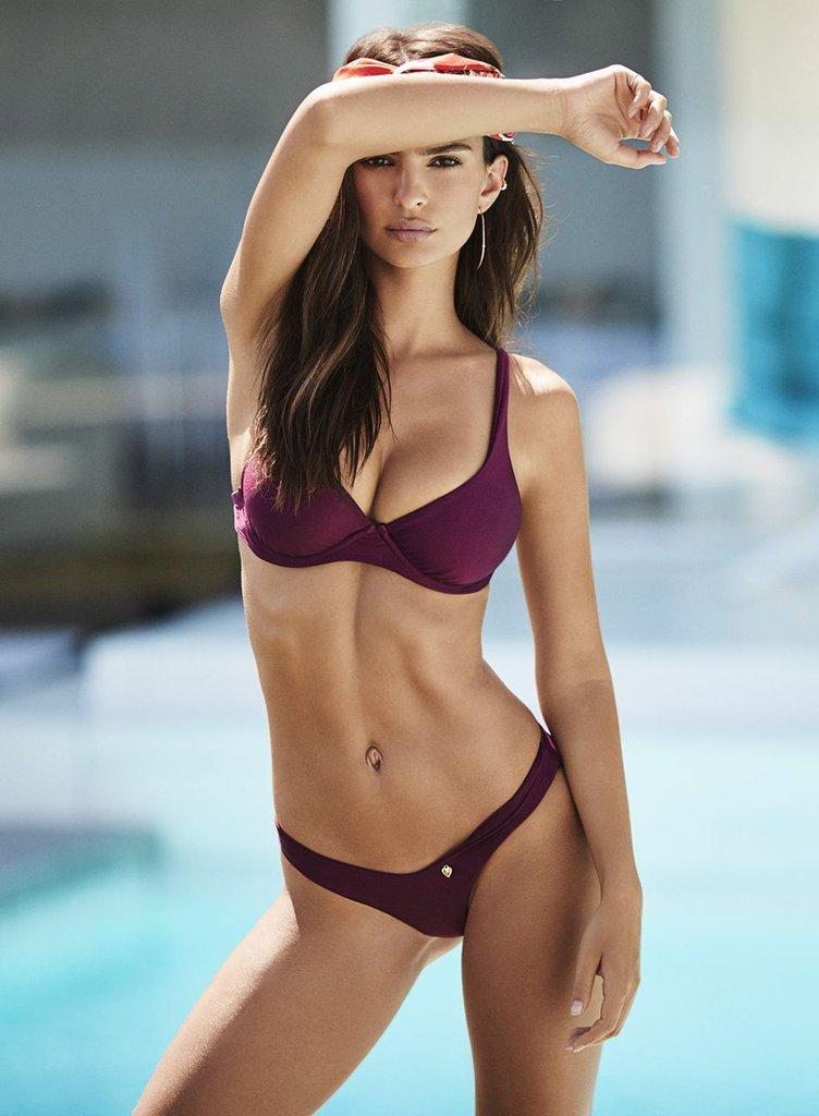 Fashion Roundup: Emily Ratajkowski's Bikini Modeling Tips, Glamour Faces Layoffs