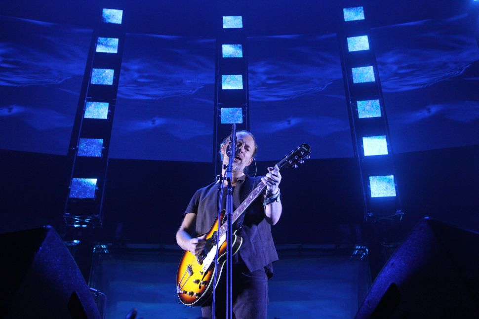 Radiohead Transformed Madison Square Garden Into A Moon Shaped Pool