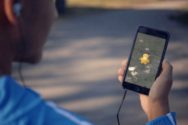 The 9 Craziest Things That Have Happened to People Playing 'Pokémon Go'