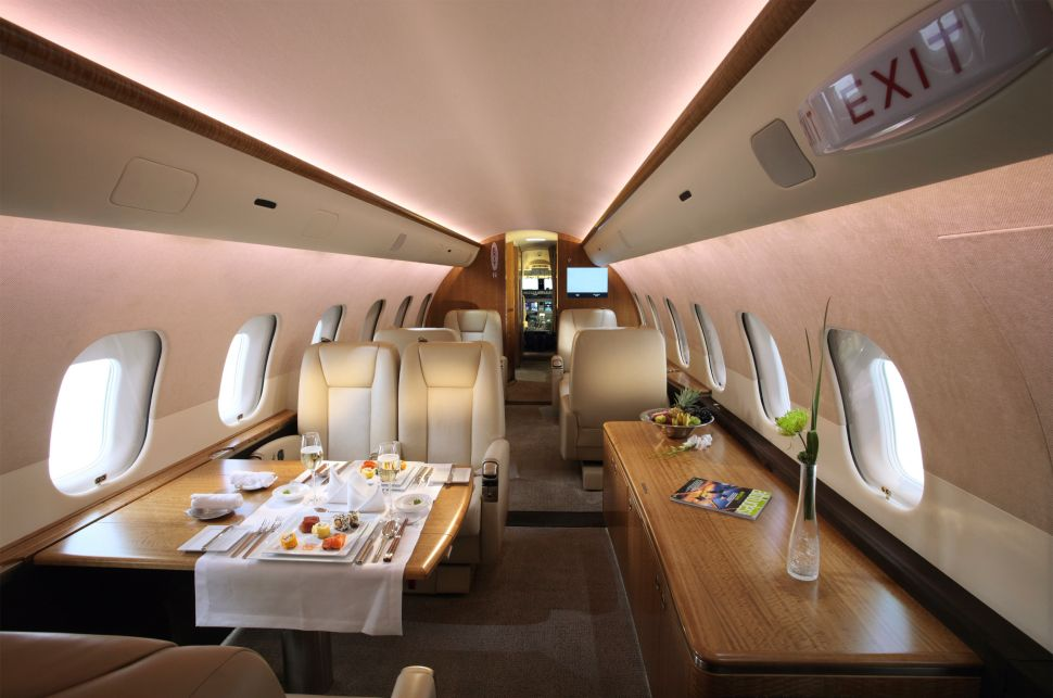 From Divorce Papers to Dog Food: The Most Ridiculous Private Jet Requests