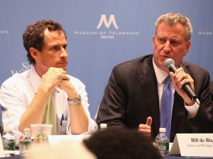 Anthony Weiner and Bill de Blasio at a 2013 debate.