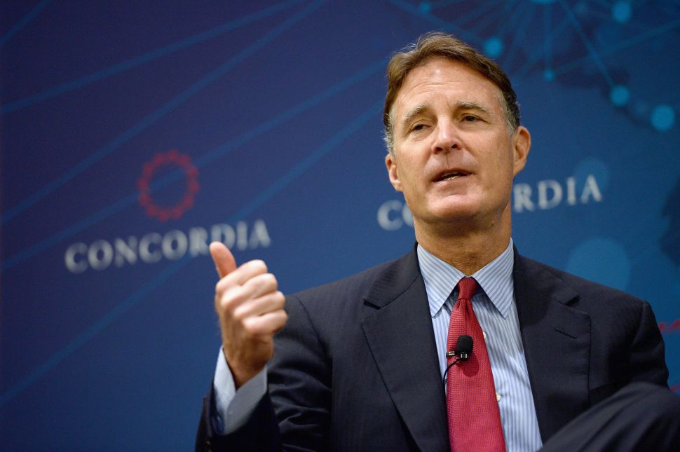 Evan Bayh Is Unfashionably Bipartisan—And Returning to Politics