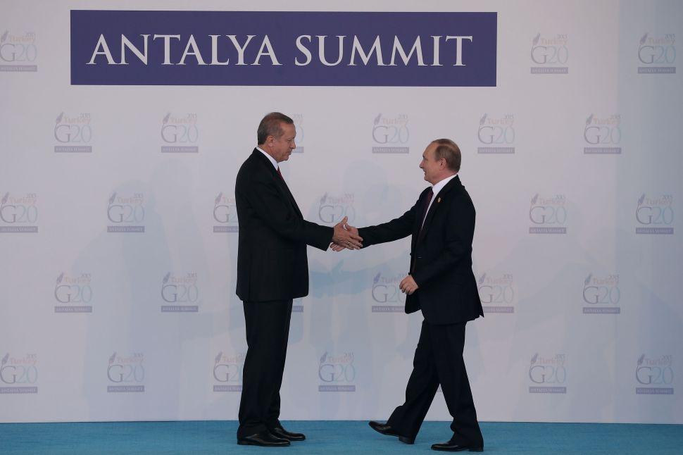 Hiss and Makeup: Erdogan Begs Putin for Forgiveness