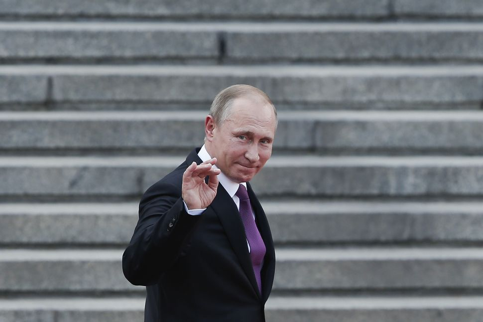 Russia Hints It Might Hide Nukes in Syria
