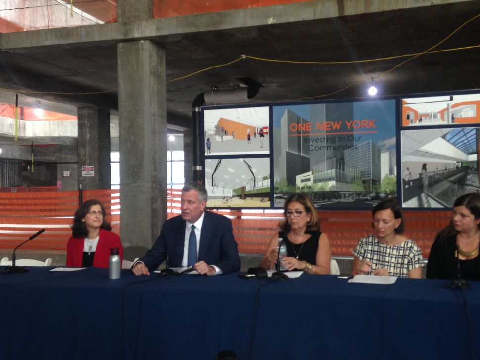 Bill de Blasio Pans DOT's 'Stupid' Twitter Response to Council Speaker