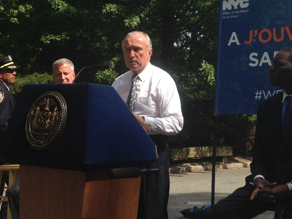 Bratton: Media to Blame for NYPD Crackdown on Disclosing Officer Discipline