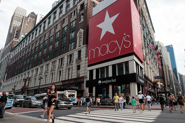 Afternoon Bulletin: 100 Macy's Stores to Shutter, Trump Tower Climber Charged