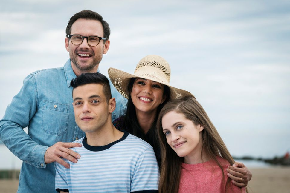 'Mr. Robot', Psychological Thriller/Early-'90s Sitcom, Renewed for Third Season