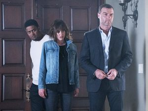 Pooch Hall as Daryll, Katherine Moennig as Lena and Liev Schreiber as Ray Donovan.