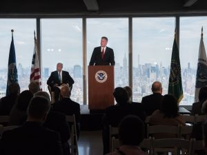 Mayor Bill de Blasio delivers remarks at an event hosted by Secretary of Homeland Security Jeh Johnson commemorating the federal government's return to One World Trade Center.