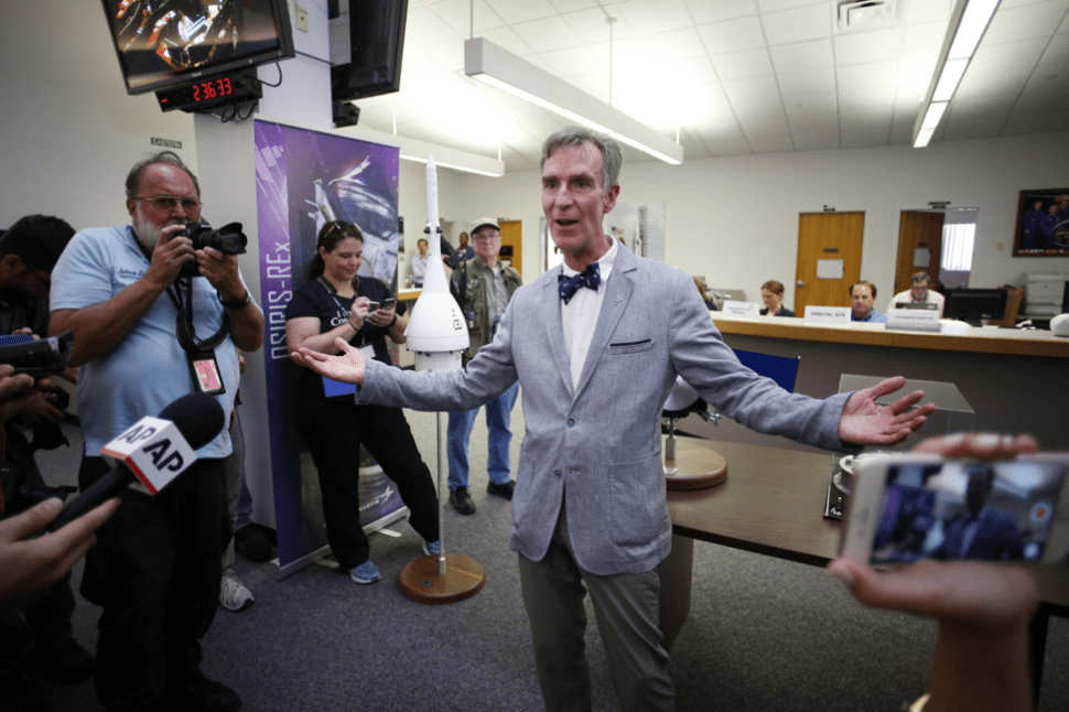 Bill Nye: Let's Search for Alien Life on Jupiter's Moon Europa