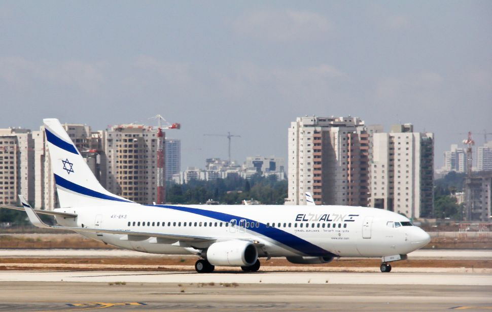 Flying Blind: Some Airline Employees Refuse to Say the Word 'Israel'